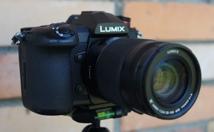 Обзор фотокамеры Panasonic Lumix DC-G9