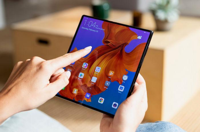 Складной смартфон HUAWEI Mate X представлен на MWC 2019