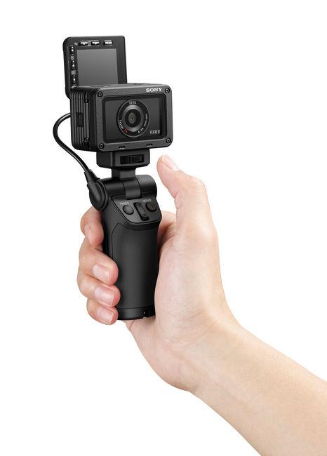 RX0M2 selfie