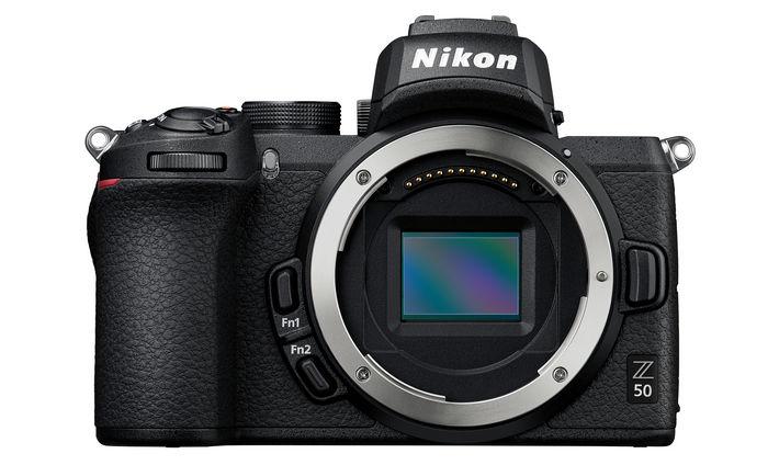 Nikon Z 50 - беззеркальная фотокамера формата DX серии Z