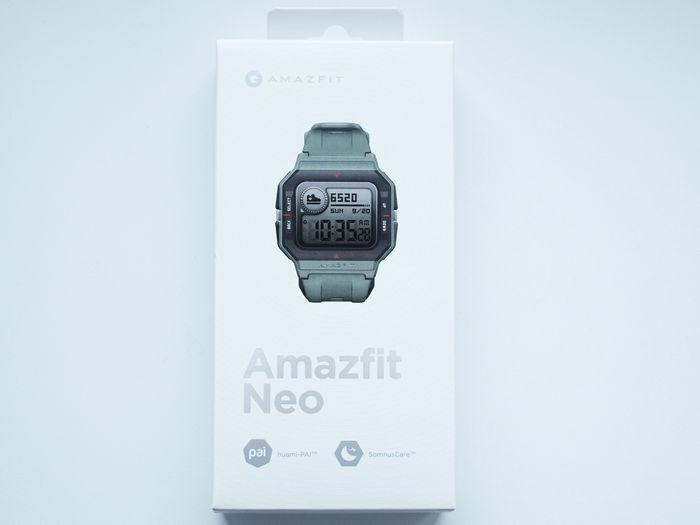 Обзор Amazfit Neo - упаковка