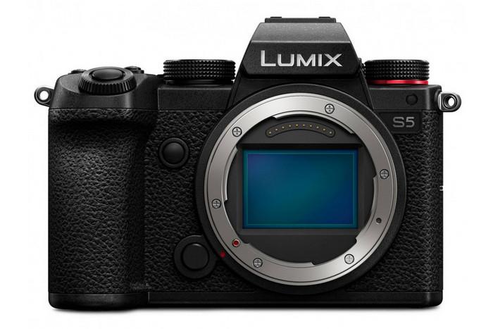 полнокадровая камера Panasonic LUMIX DC-S5