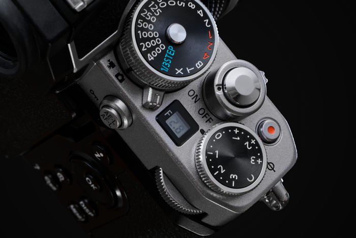 Nikon Z fc - диски управления