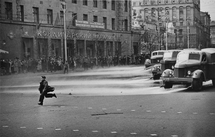 Леонид Лазарев. Штрихи детства, 1957.